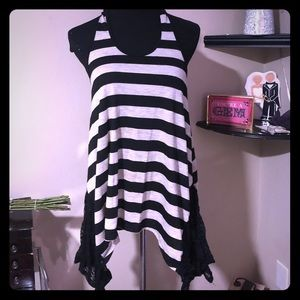 Adorable Racer back striped blouse w/lace